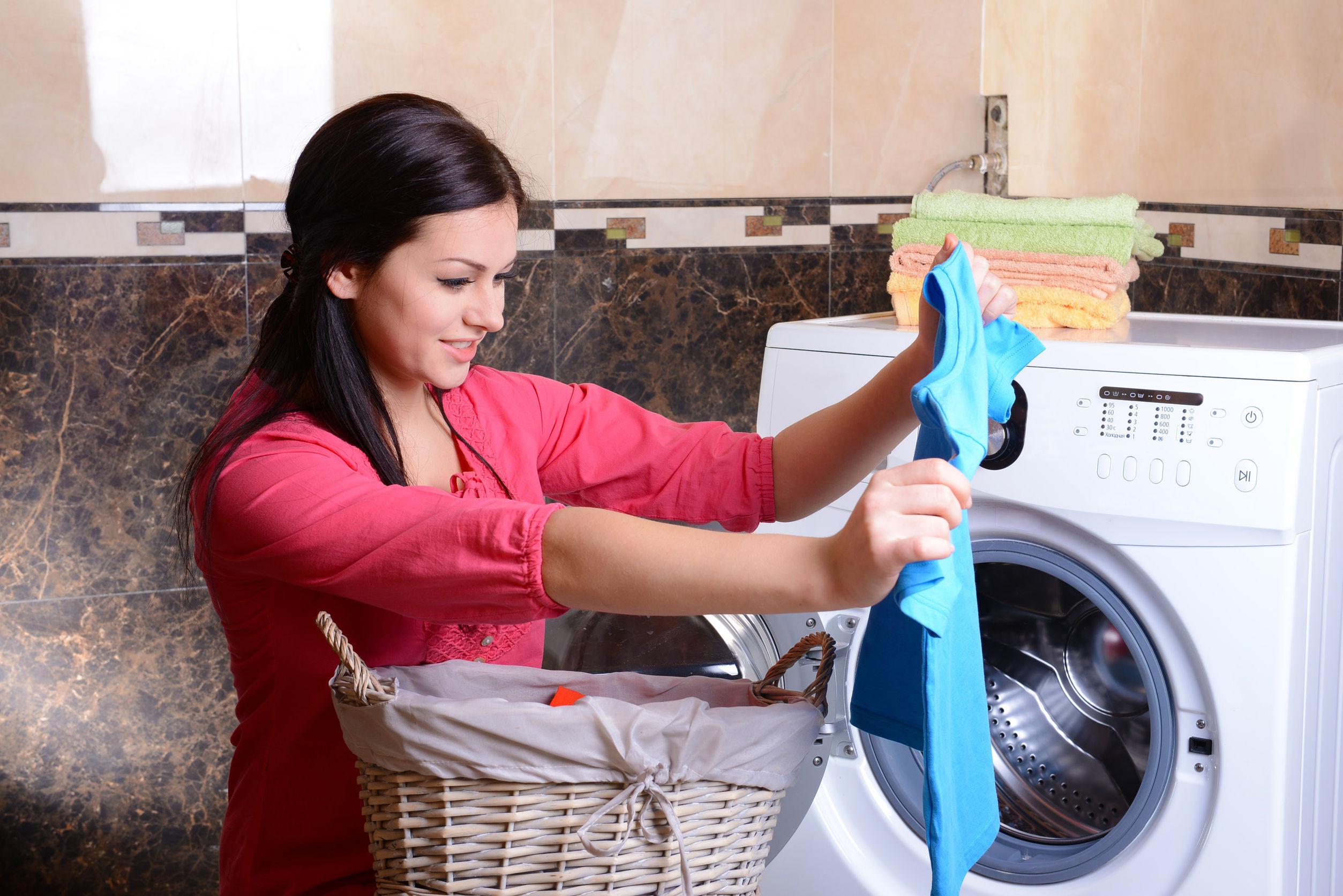 стирка белья в стиральной машине